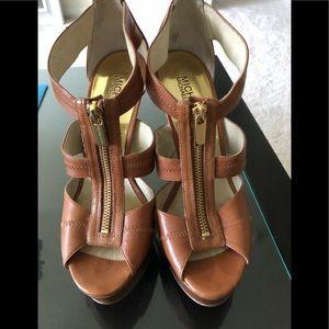 Michael Kors sandals!I Size 8. Price $80